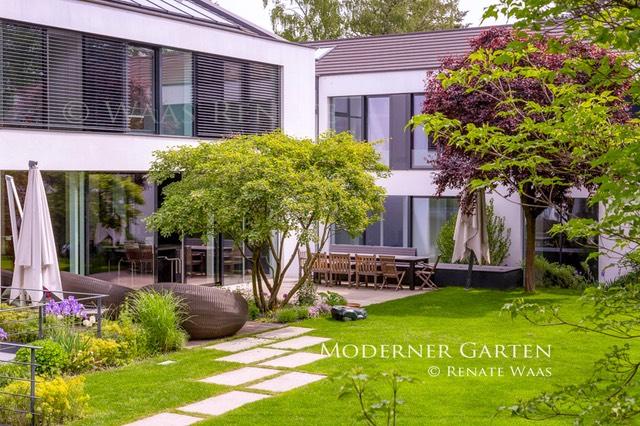 Moderner Garten Mit Grasern Gartenplanung Renate Waas