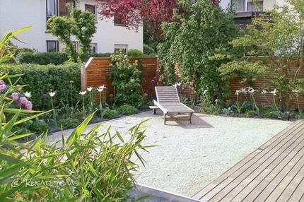Kieswege Schotterflaechen Gestaltung Von Wegen Im Garten