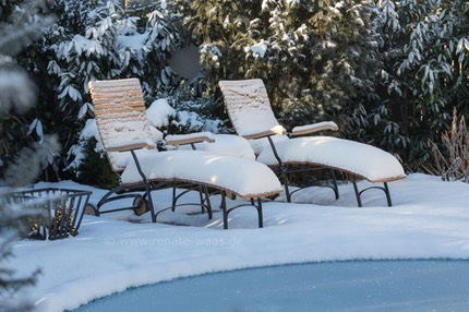 unser sitzplatz im winter renate waas. Black Bedroom Furniture Sets. Home Design Ideas