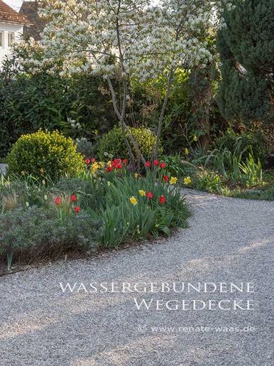 Wassergebundene_Decke_Wegedecke_Waas_Renate_Gartenplanung